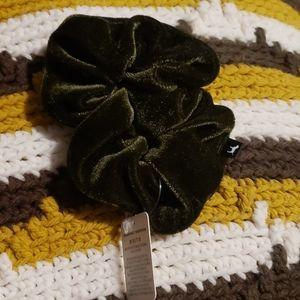 Victoria's secret PINK velvet scrunchie NWT
